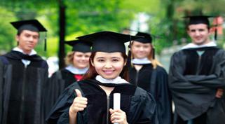 Trung tâm luyện thi cao học 247 vinh danh học viên Võ Văn Nhân Top 4 ĐH Kinh tế – Luật 2015